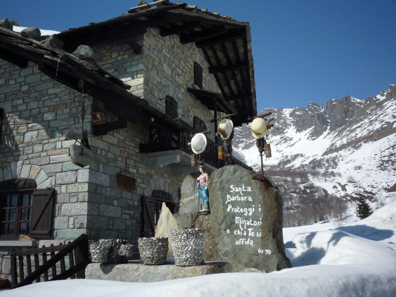 Asciutti. Il monumento ai minatori