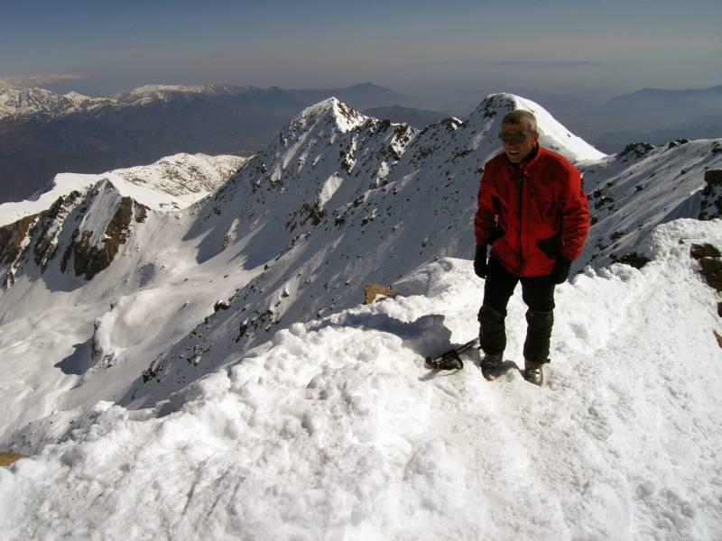 Sulla cresta terminale. Dietro la capoccia del Mike, il Mt. Pian Real.