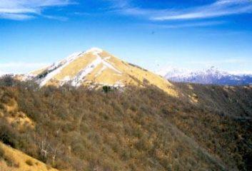 la cresta di salita al Palanzone
