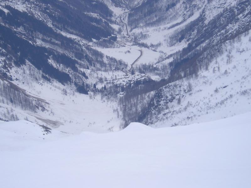 Il vallone di Rima è stracolmo di neve