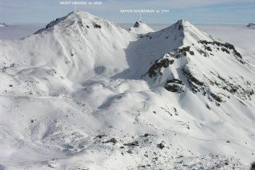 panorami dalla cima : Monte Viraysse (a sinistra) e Monte Soubeyran (a destra) (8-1-2006)