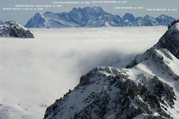 panorami dalla cima : mare di nuvole e Gruppo dell'Argentera (8-1-2006)