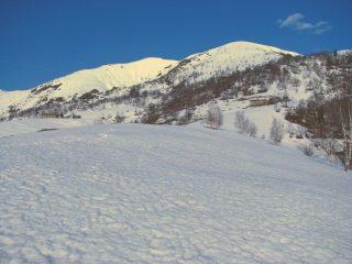 Salendo verso l'Alpe Eredi Longo