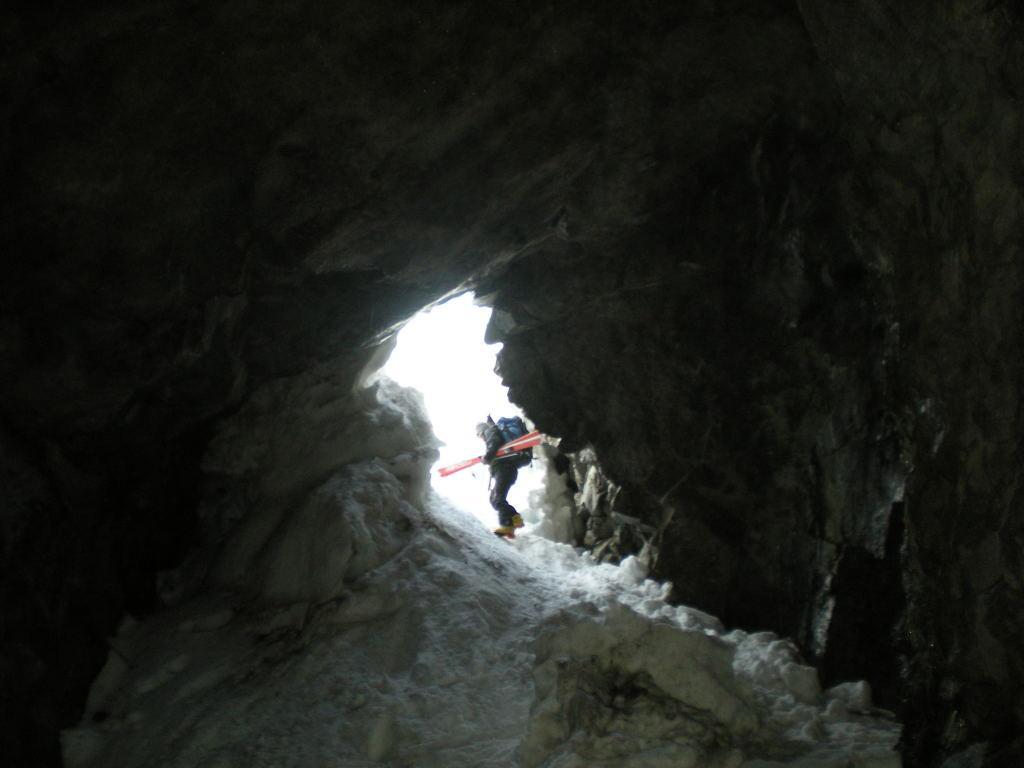 L'uscita del tunnel in val Presena