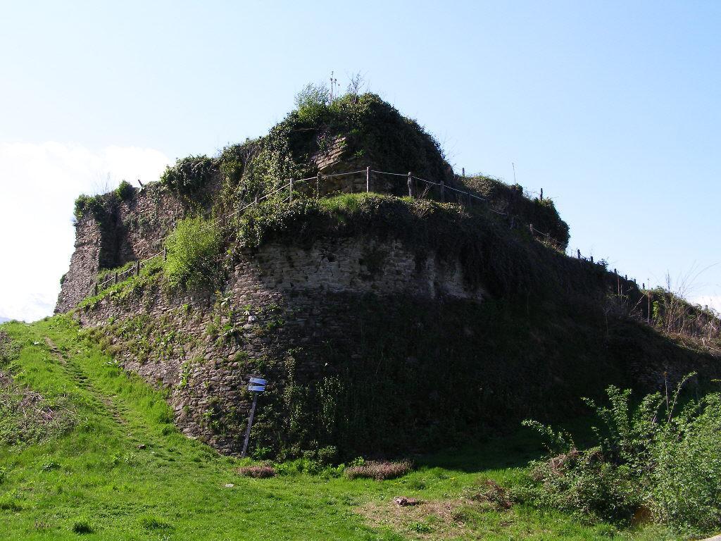Il Castello di Barge