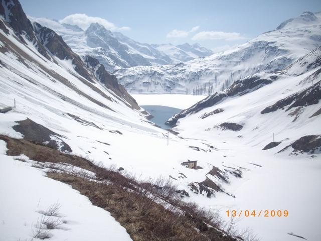 in vista del lago di Morasco