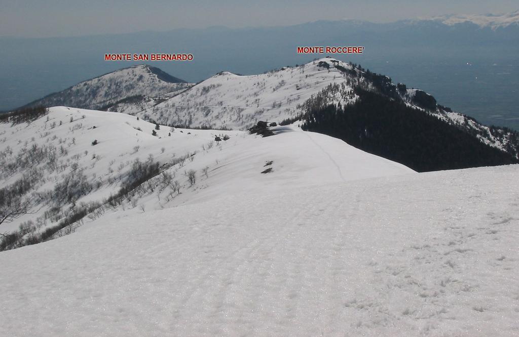 al ritorno,vista sul Colle della Ciabra,Monte Roccerè e San Bernardo