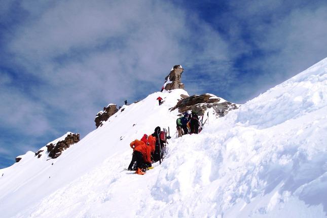 Poco sotto la vetta dove si posano gli sci.