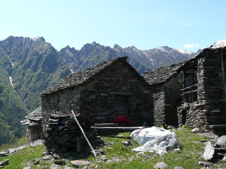 Velina Alta, Corni di Nibbio.