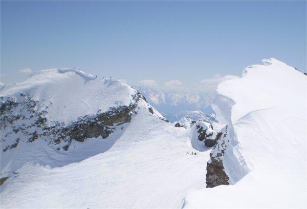 di fronte la cima Giovanni Paolo
