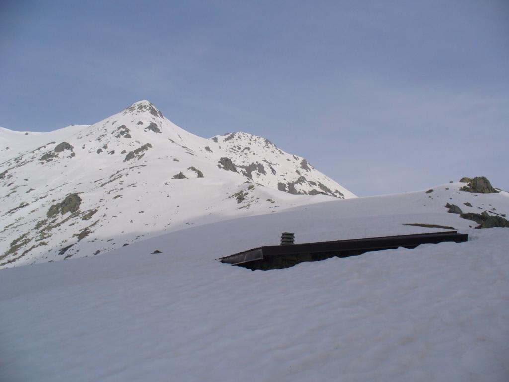 dalla Costa della Mula (notare l'altezza della neve)