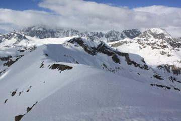 vista verso il monviso, in primo piano la cresta verso la Piatta Stana