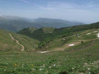 Dal colle guardando verso la valle Arroscia