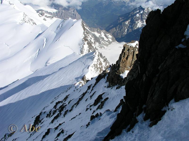 Finsteraarhorn, cresta NO, 2