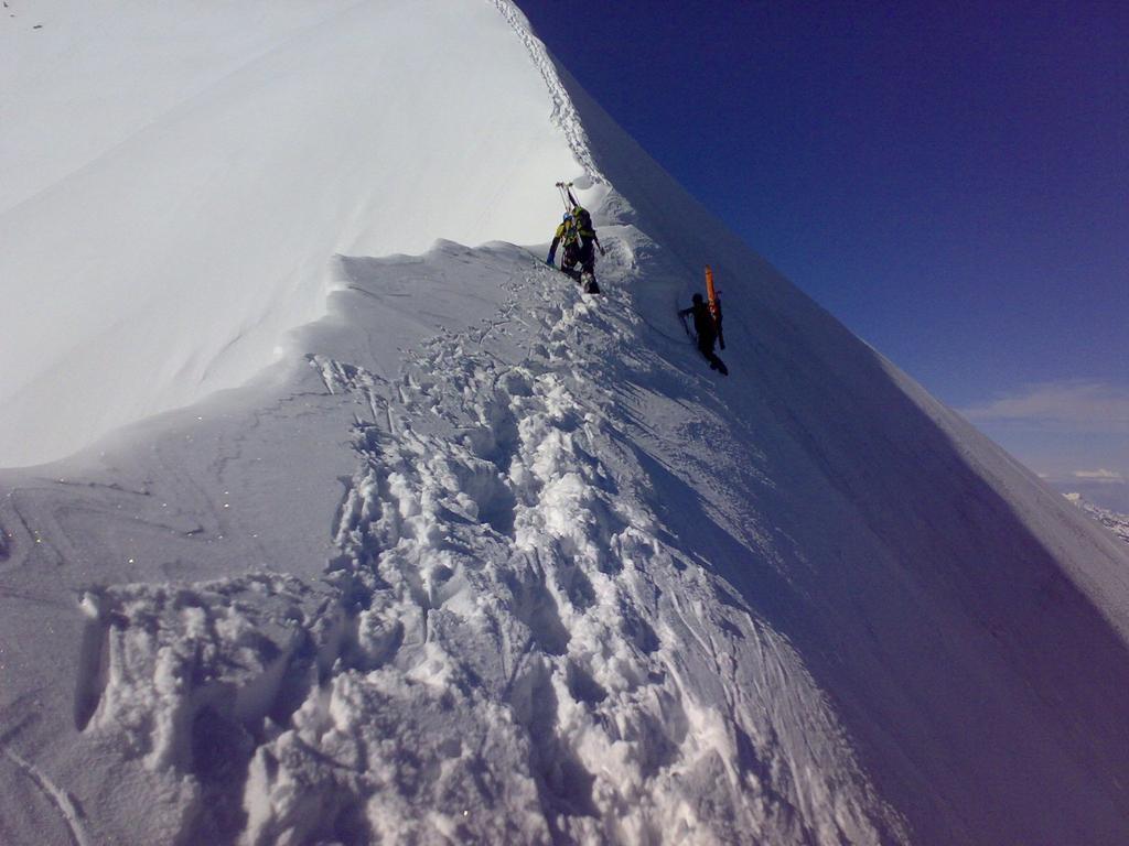 La cima e l'inizio della cresta finale