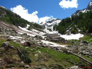 l'alpeggio Credemi e il fondo del vallone
