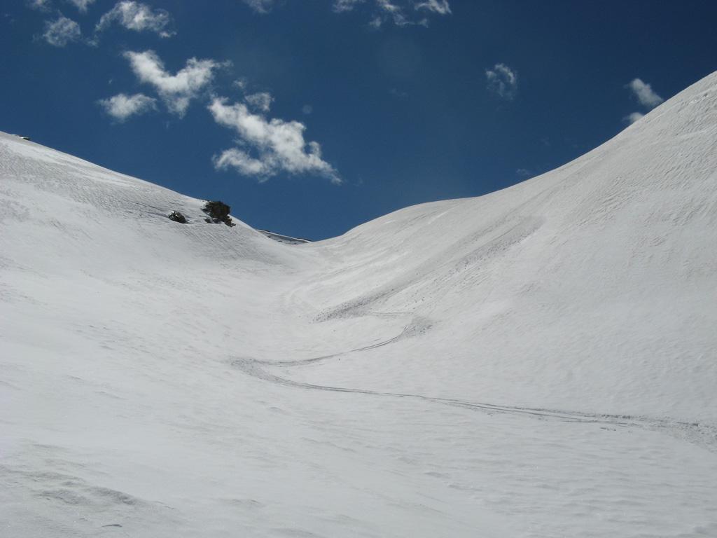bella neve nei valloncelli, lati est, fino a 2500