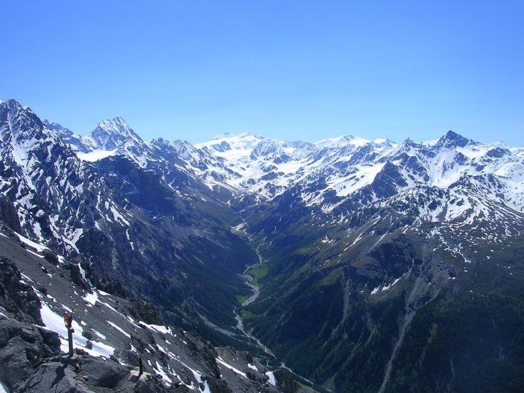 La Val Zebrù vista dal bivacco