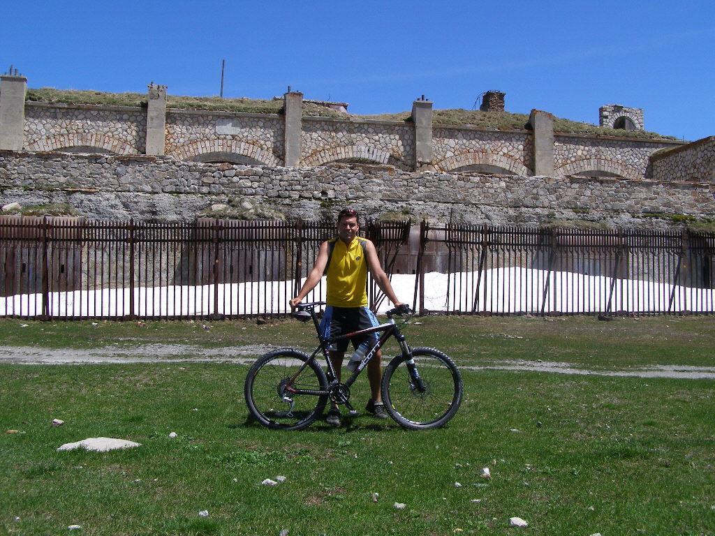Davanti al forte Gondran