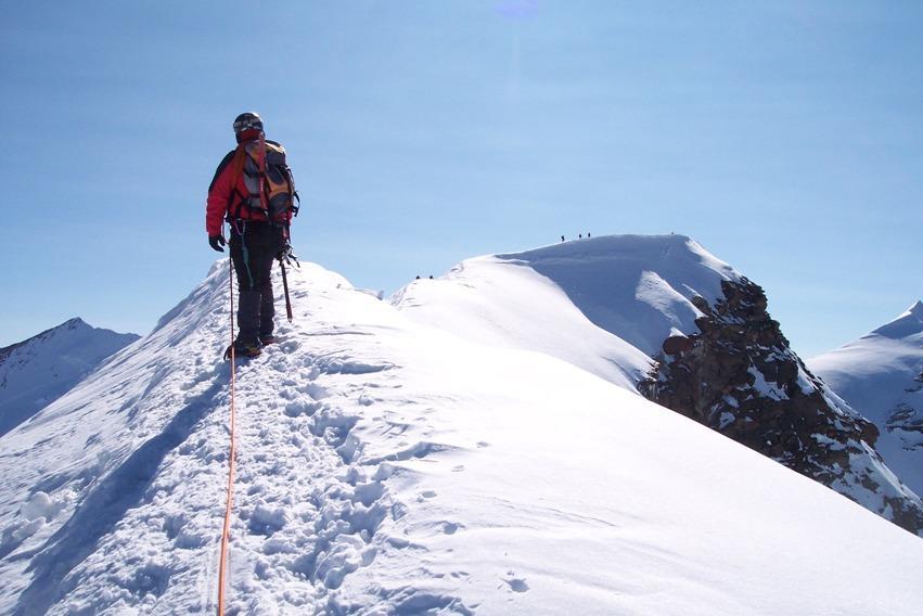 Cresta che porta dall'anticima alla cima