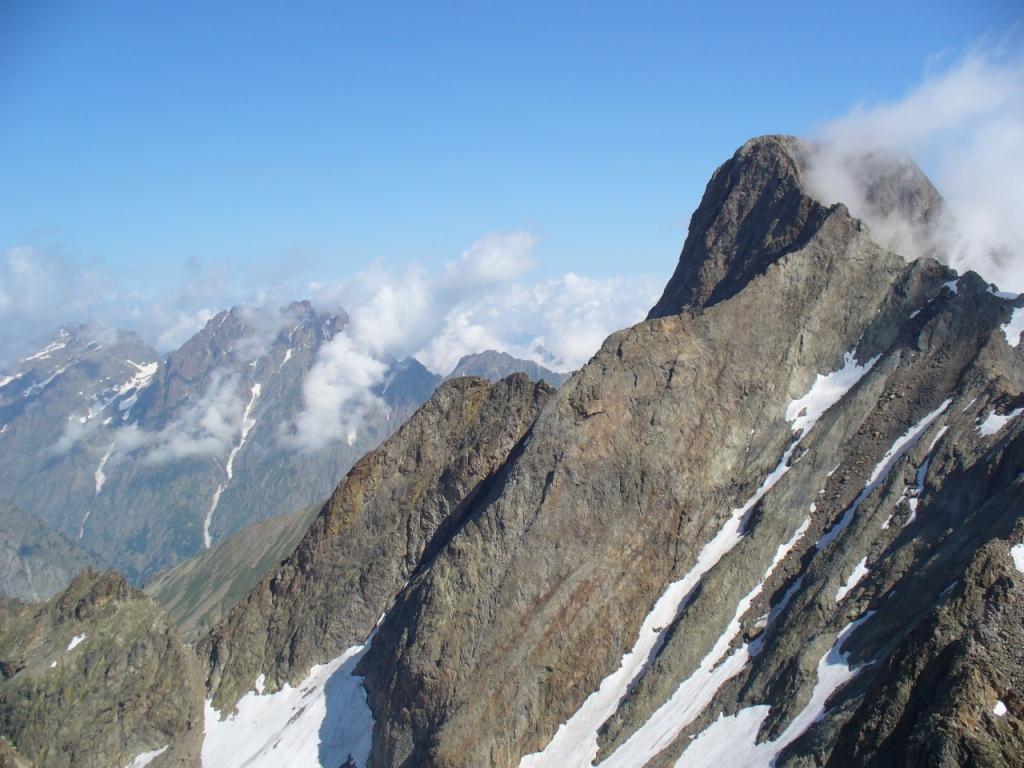 Argentera (cima sud) e monte Matto dalla vetta
