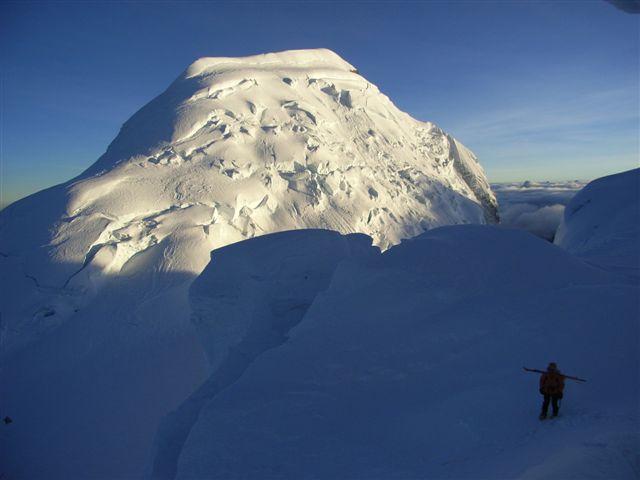 Huascaran Sur - Cordillera Blanca - Peru pendio nord sotto il seracco6280 m. 2009-07-05