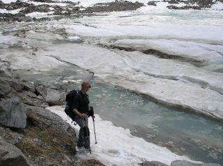 Francesco in riva al lago