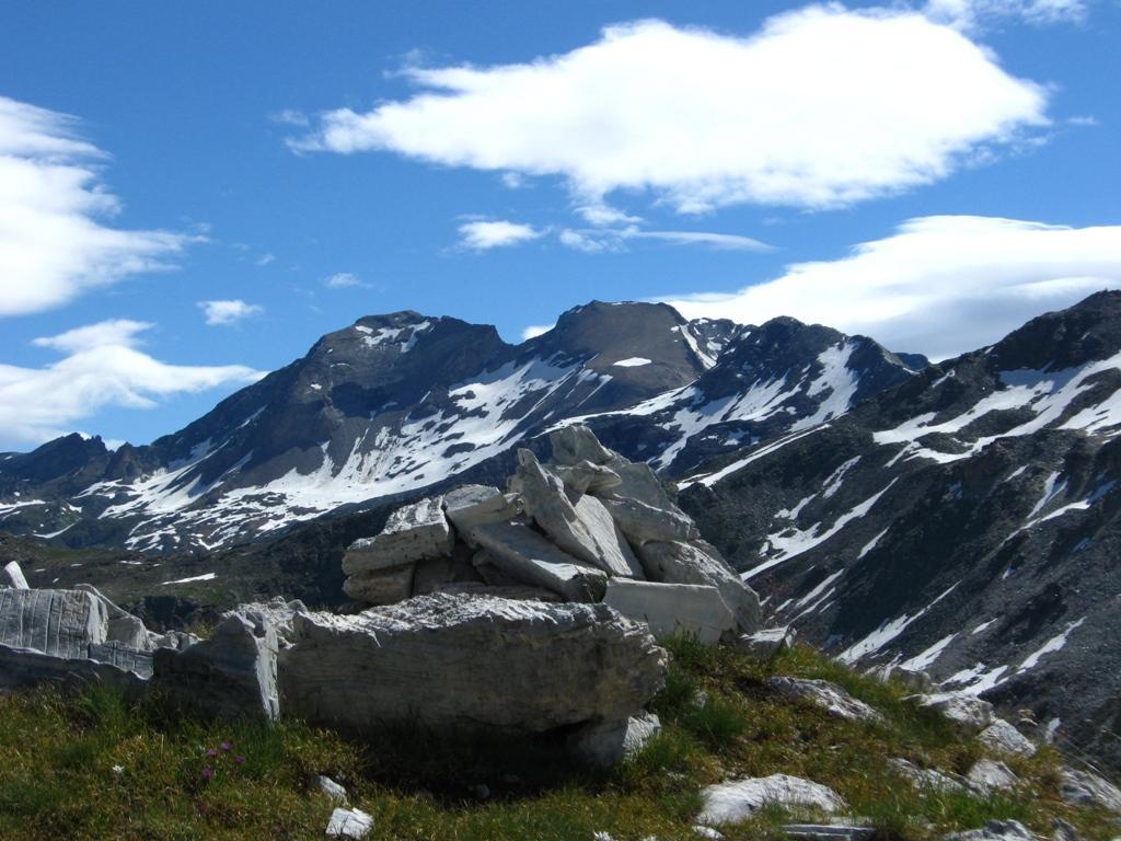 Panorama verso il Tao Blanc e l'Aouille...
