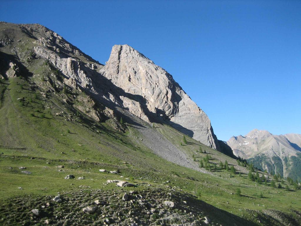 Sautron (Monte) da Saint Ours, discesa su Larche 2009-07-18