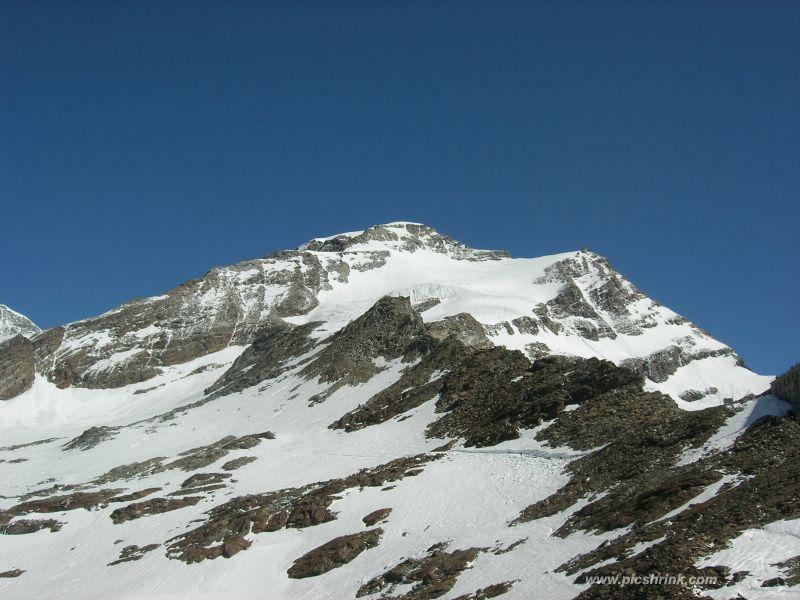 Colle della Pisse si calzano gli sci