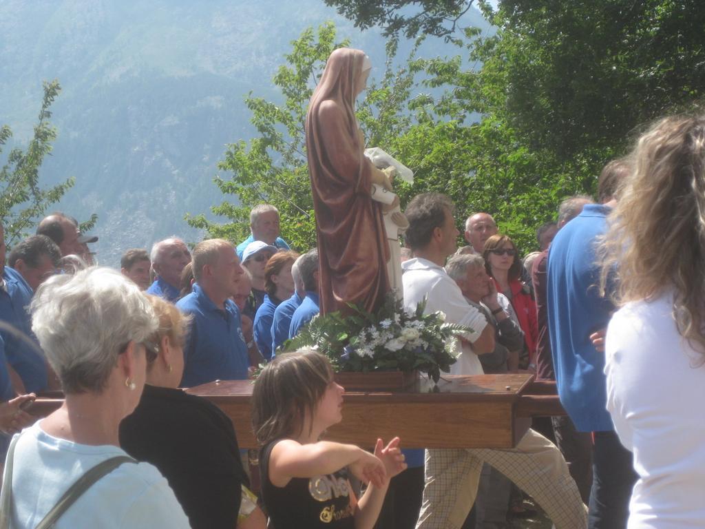 S.Anna in processione nel pomeriggio