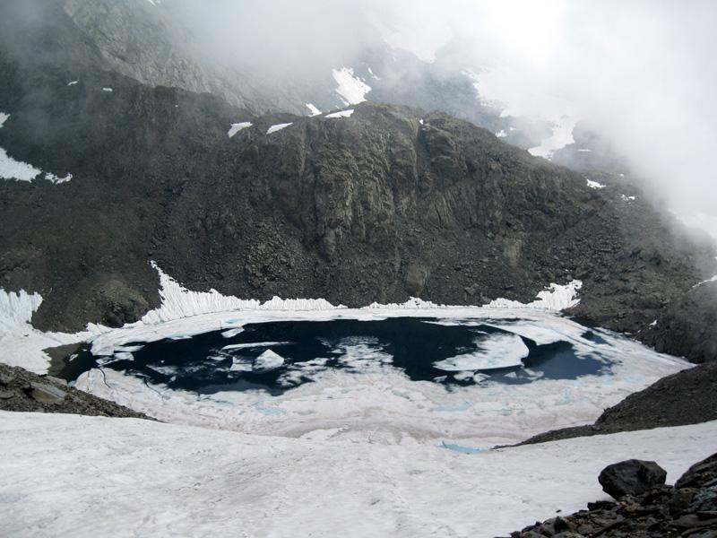 Il lago ancora gelato...