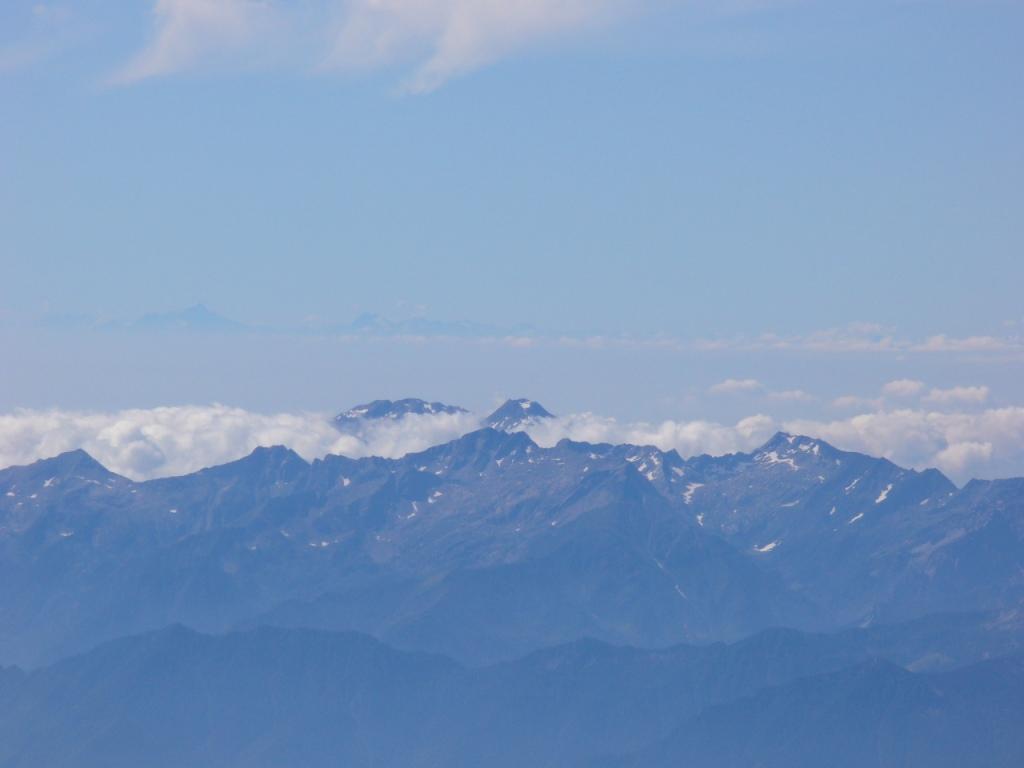 lontanissimi...il Monte Matto e l'Argentera