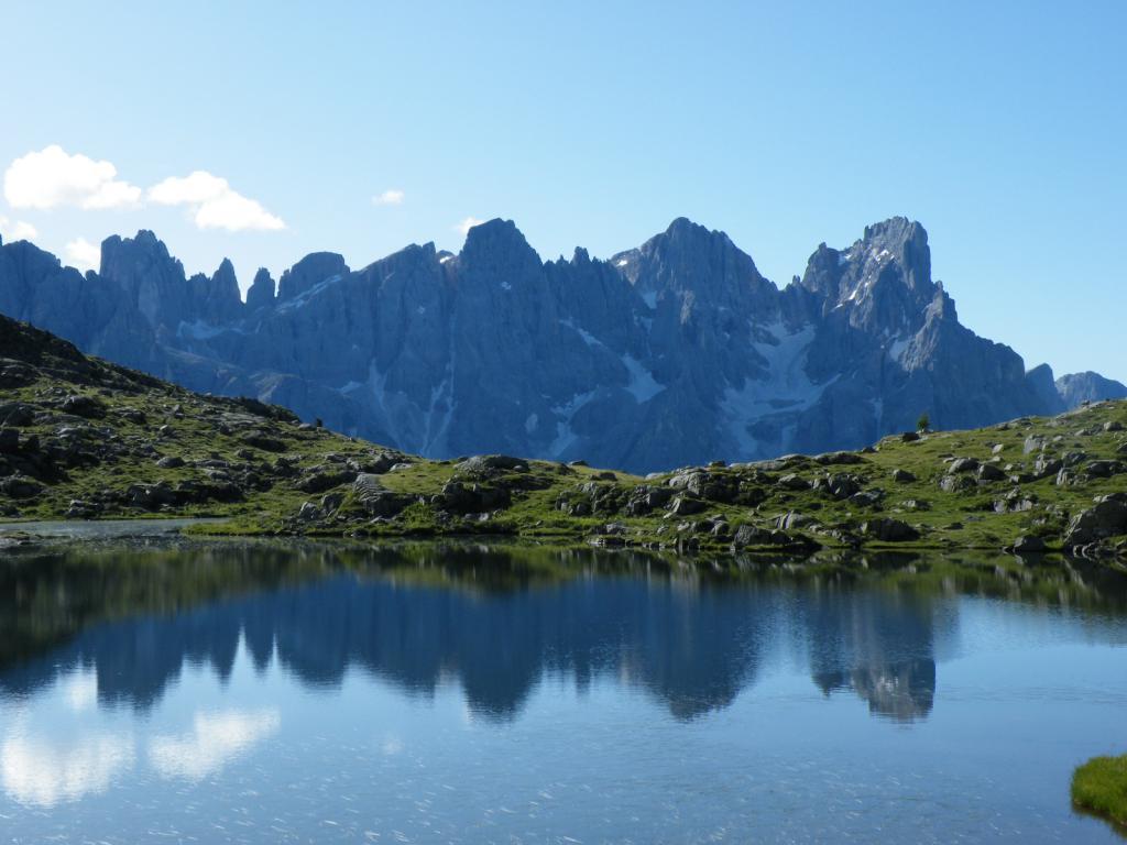 Le Pale di S.Martino dal lago di Luribrutto.