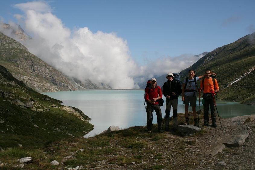 11 agosto. lago Mattmark, valle di Saas