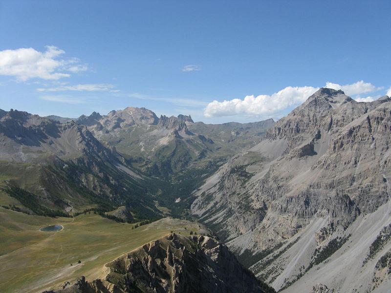 Valle Stretta con il Tabor sullo sfondo