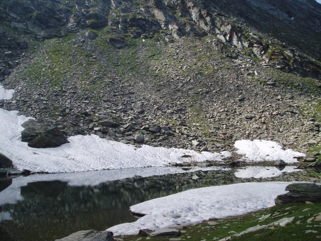 uno dei laghi gemelli