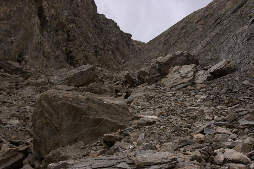 una visuale del canalone seguito..verso l'alto (22-8-2009)