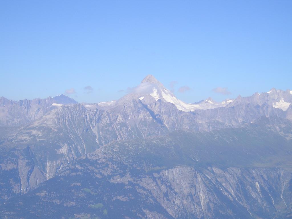 Il Bietschhorn dalla vetta