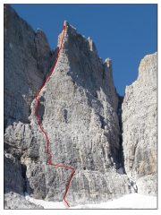 la XII Torre con il tracciato della via di salita