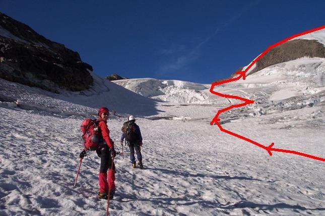 Traccia dell'impercorribile normale alla vetta lungo il ghiacciaio di Valsorey