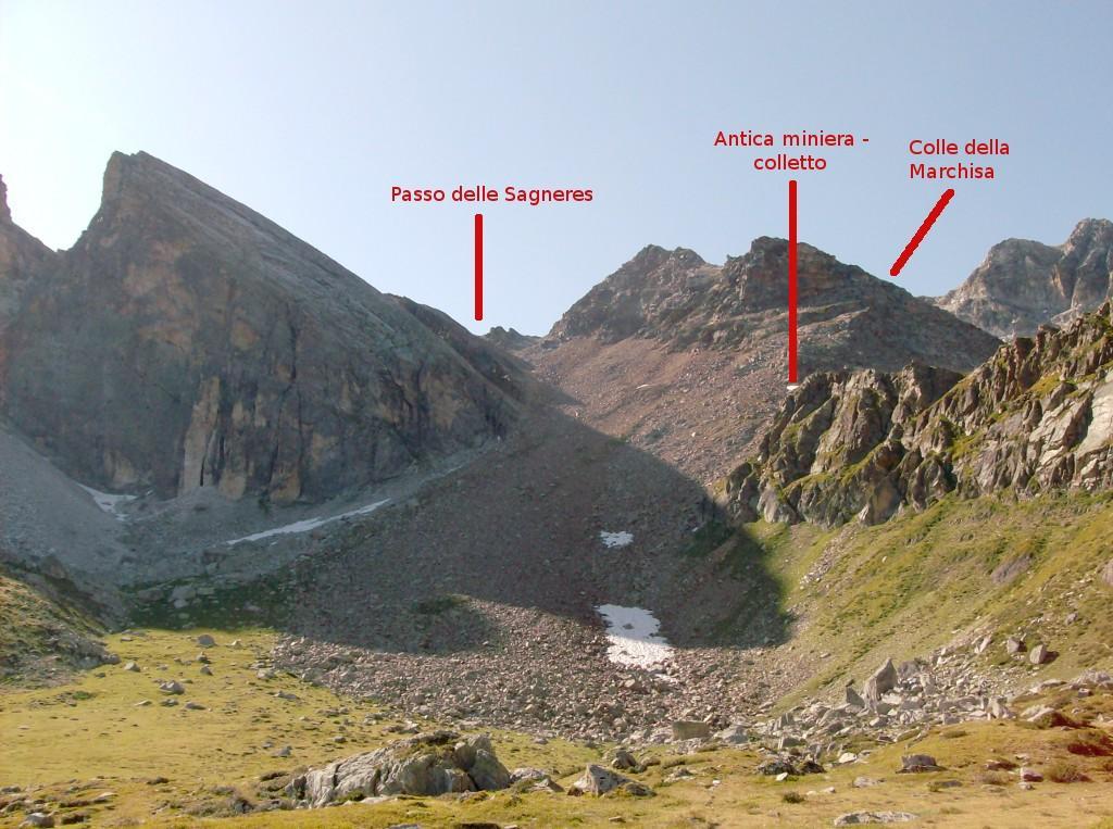 La parte sommitale del vallone della Camosciera e la pietraia terminale