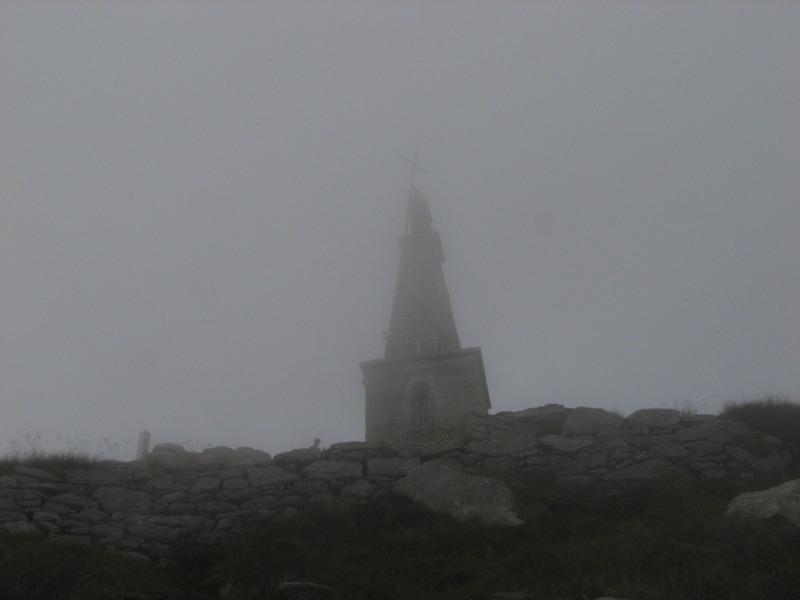 Il tempietto nella nebbia