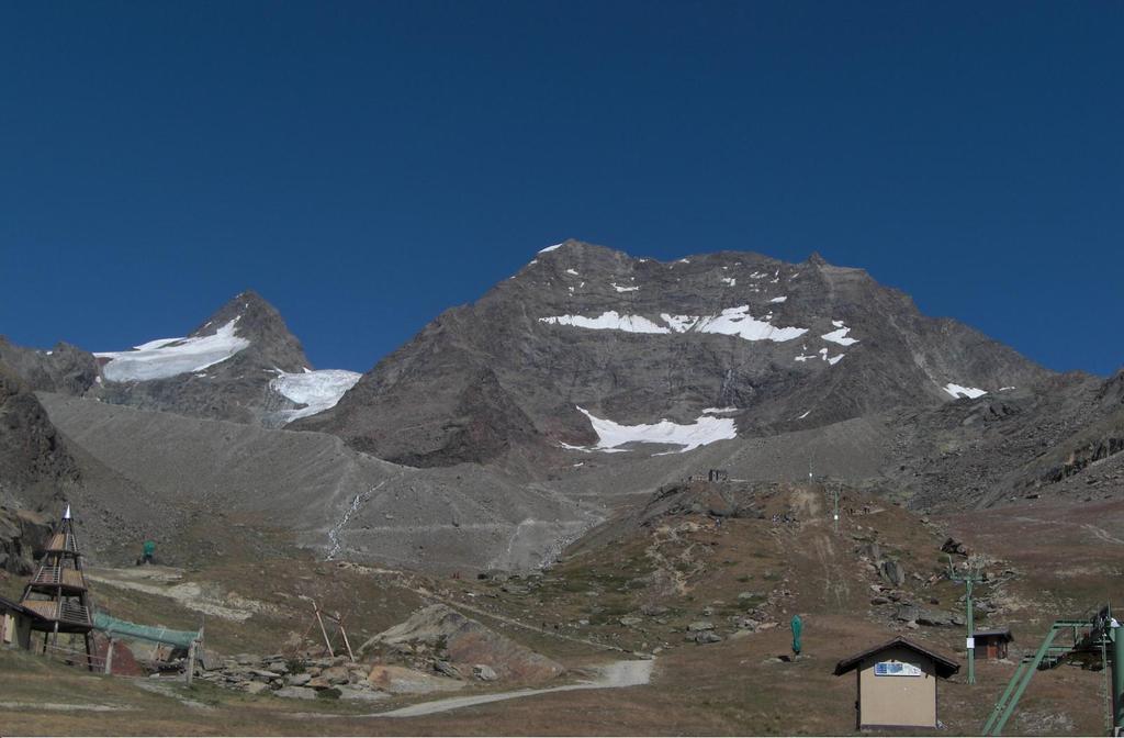 Il lagginhorn da kreuzboden, sulla sx la cresta