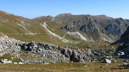 Dal colle verso la Valgrana....
