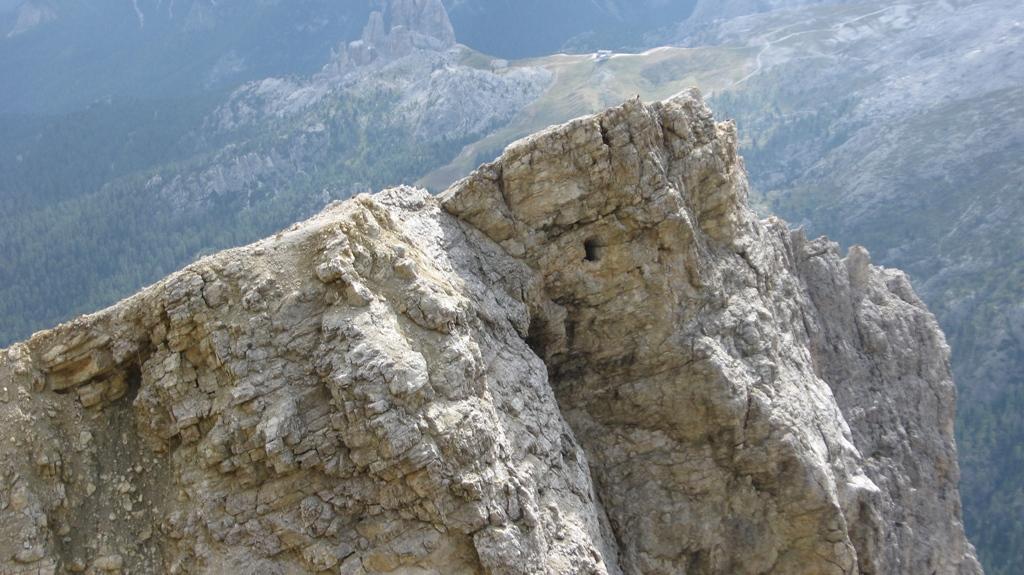 Feritoia nella roccia....