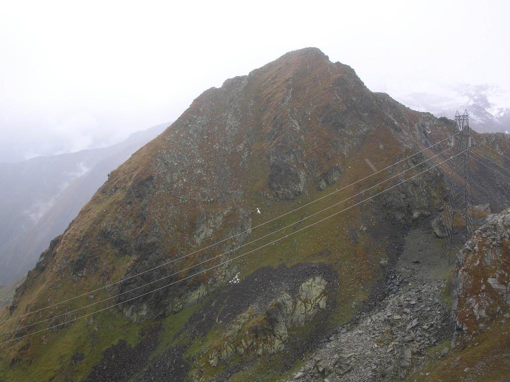 Il Monte Nero ed il Colle Santana visti dal versante meridionale del Santanel.
