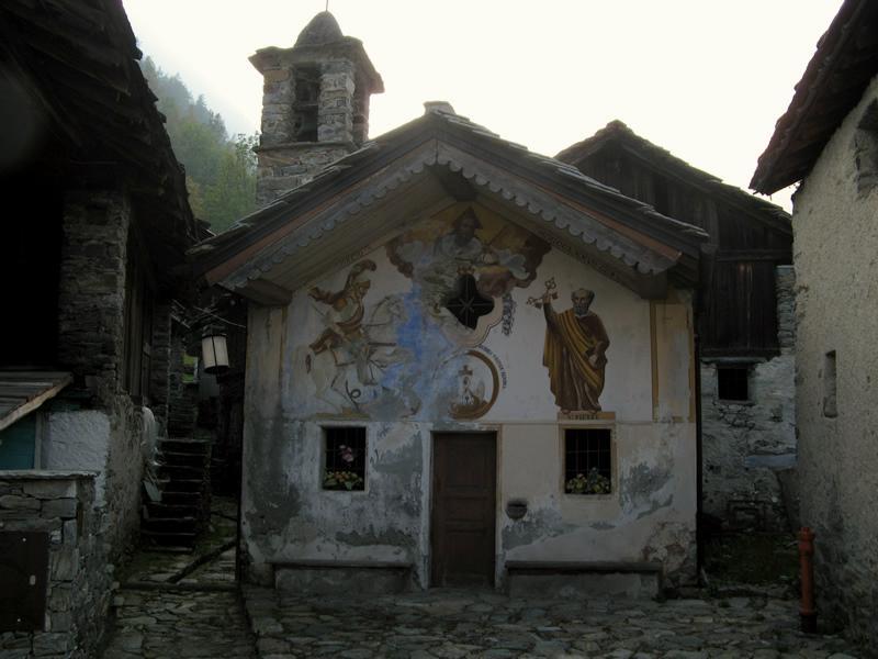 La chiesetta di S.Giorgio, a Crest Damon