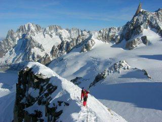 ..un tratto di panorama dalla cima.. foto M.Conti