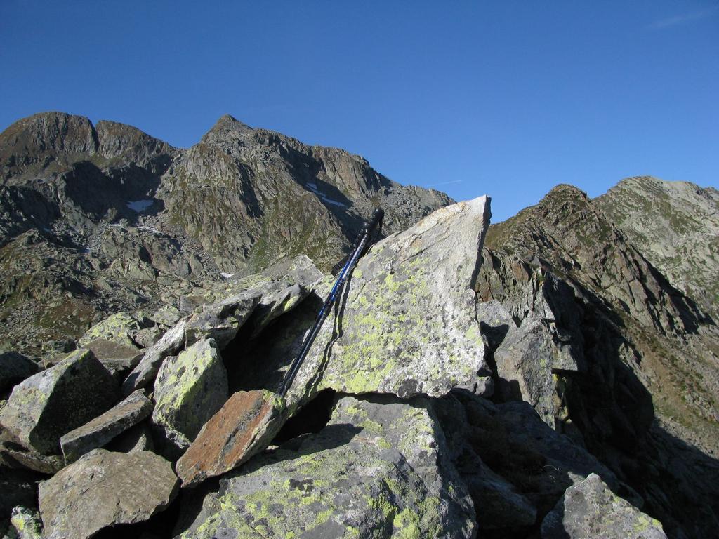 P. Orientale dei Burè, vista su: Monfandì, Liamau, P. Occ. dei Burè e Cima d'Arlens